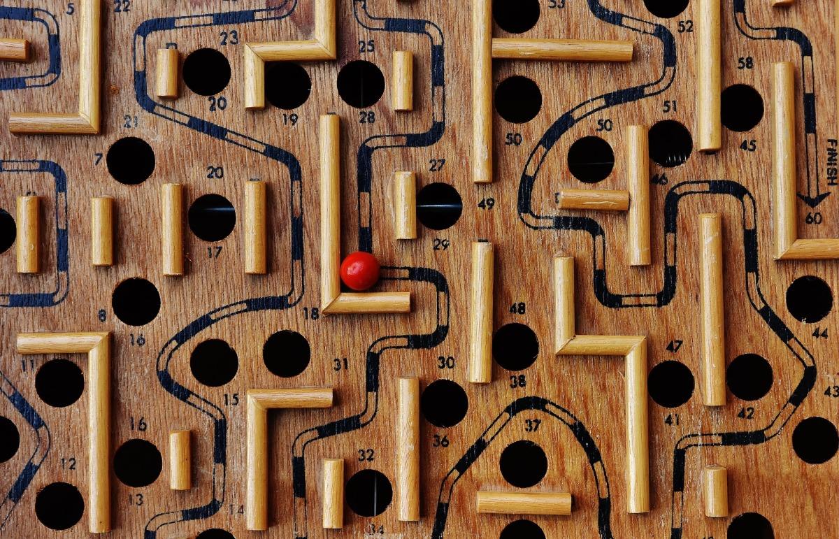El código de CRUEL: ¿por fin llega la explicación que esperábamos del laberinto?